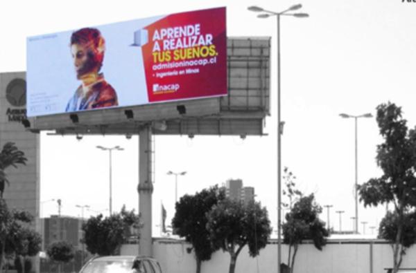 Foto de Unipoles - Exterior Estacionamiento - Arauco Maipú (1)