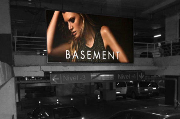 Foto de  Cajas de luz -  Interior Nivel -03 Acceso Est - Mall Plaza Egaña (1)