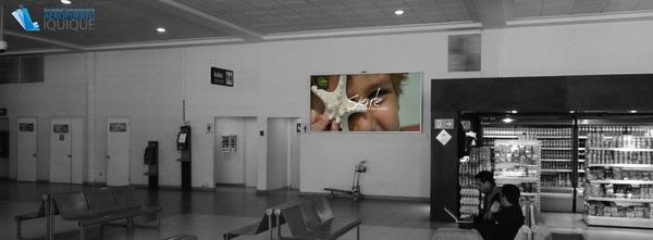 Foto de Caja de Luz, Costado acceso Baño - Aeropuerto Iquique