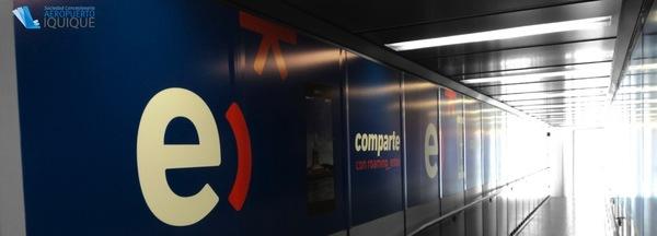 Foto de E: Manga Embarque / Llegada, Zona de Embarque / Llegadas - Aeropuerto Iquique
