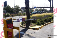 Barreras Estacionamiento  - Mall Plaza El Trébol