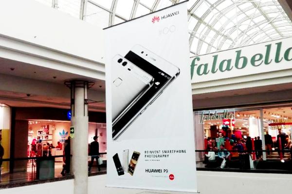 Foto de Lona grandes tiendas, sector Falabella - Alto Las Condes