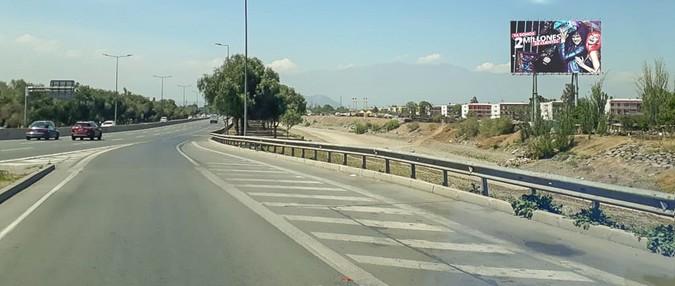 Foto de Costanera Norte salida Aeropuerto dirección Oriente - Renca