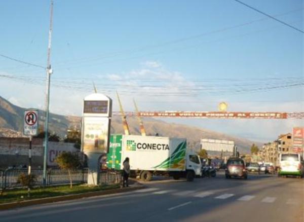 Foto de Av. Velasco Astete - Salida Aeropuerto