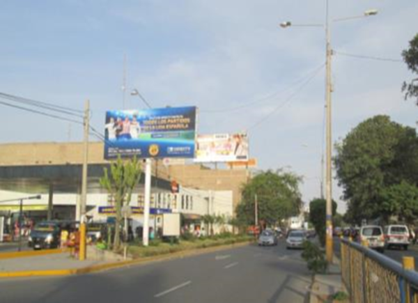 Foto de Av. Salaverry cdra.2 – frente al Hotel Casa Andina