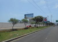 Av. Cesar Vallejo altura Real Plaza - Hacia el Golf
