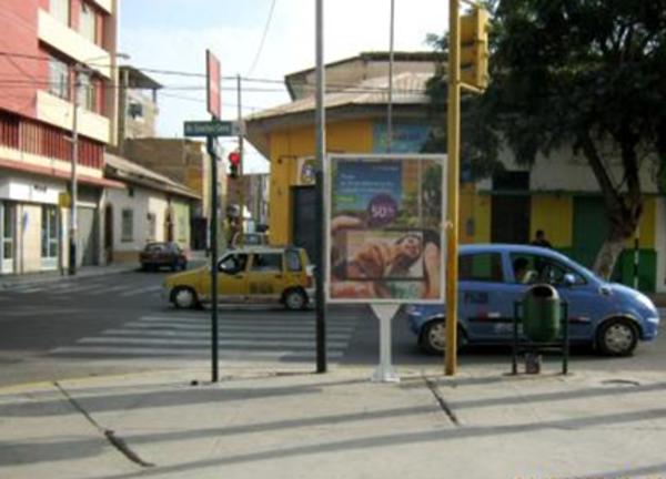 Foto de Av. Sánchez Cerro - calle Arequipa
