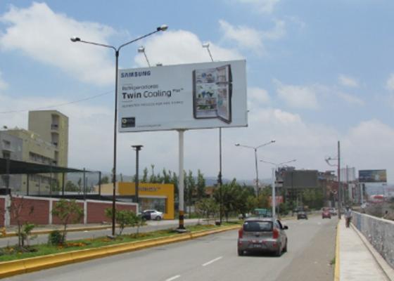 Foto de Av. Los Incas cdra. 15 - Hacia Terminal Terrestre