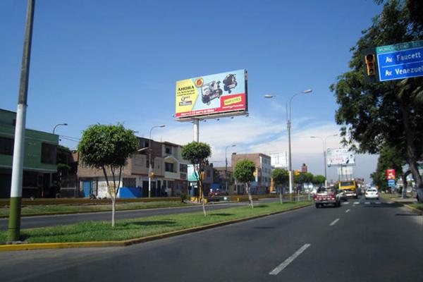 Foto de AV.  COLONIAL Cdra. 38.00Nro. 3817 /