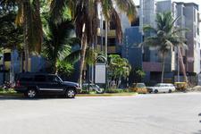 AV.  LOS COCOS  / FRENTE AL 120 CLUB GRAU