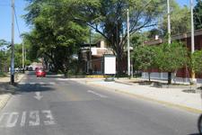AV.  SAN RAMON Cdra. 2.00 / ESQUINA PASAJE SANTA MARIA FRENTE A COLEGIO SANTA MARIA