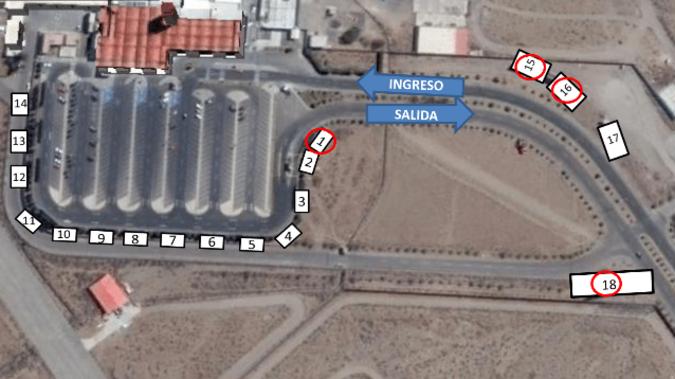 Foto de Aeropuerto Arequipa - Panel Simple - Estacionamiento